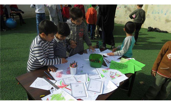 نمایشگاه ویژه روز دانش آموز