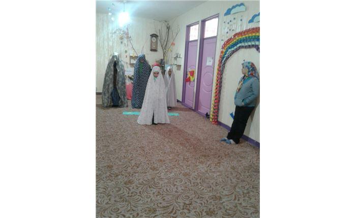 دخترانه رافعه اقامه نماز- اصل تقید به ارزشهای دینی