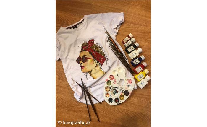 نقاشی روی لباس